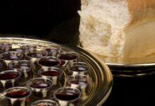 Image of communion elements of bread and wine